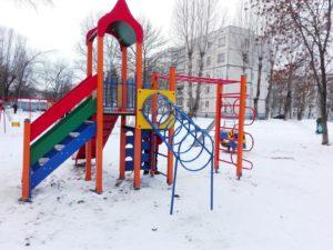 ул. Ильюшина, д. 6 (Установлена новая детская площадка)
